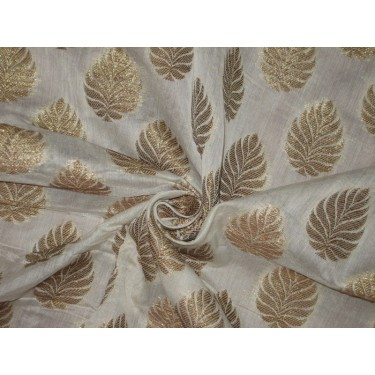 100% cotton brocade with gold mettalic motifs
