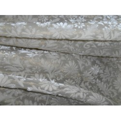 devore Polyester burnout white w/gold lurex Velvet fabric